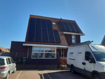 Een mooie zonnepanelen installatie door NewSolar geleverd